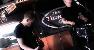 Thumblin-Go-Gos-Put-Your-Cat-Clothes-On-Best-Rockabilly-Psychobilly-music-video